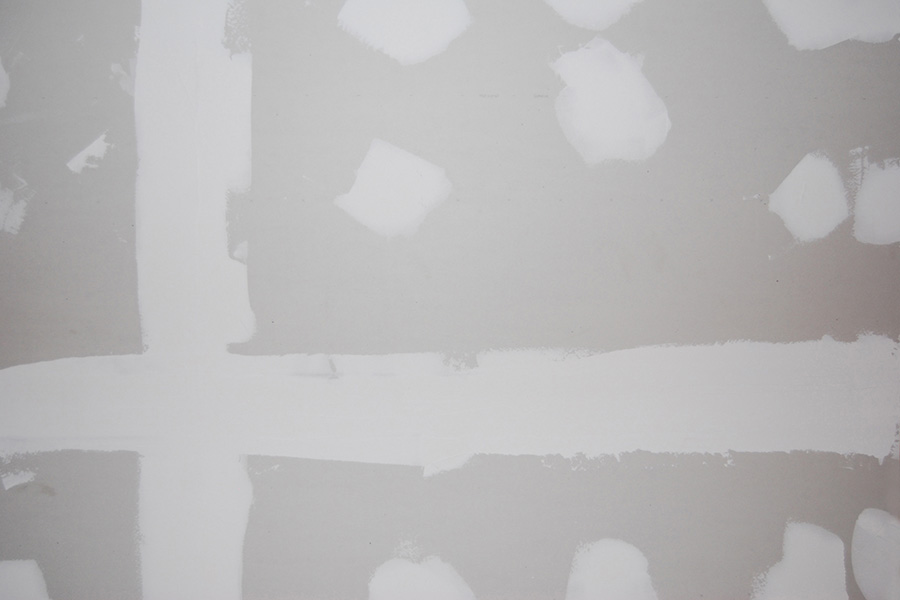 Taping and sparkle on drywall