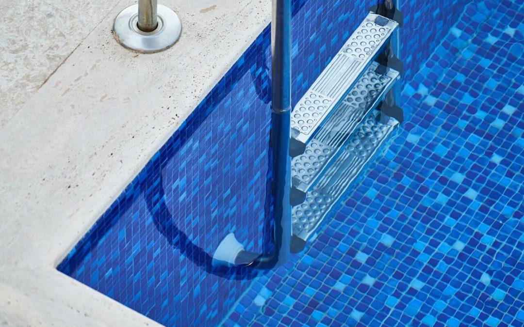 6 Easy Tips for Swimming Pool Maintenance